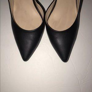 Black women's size 7 1/2 heel a.n.a